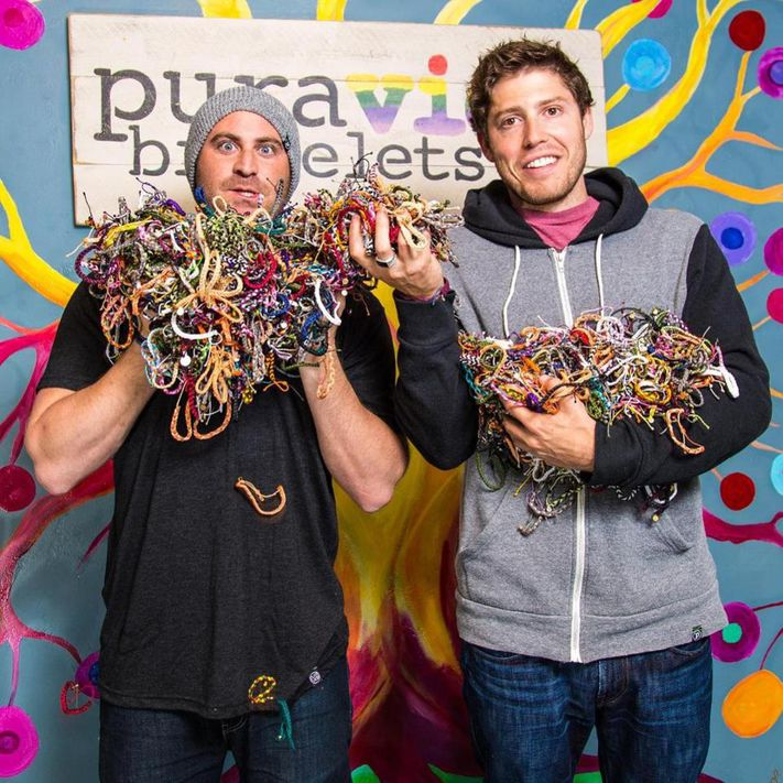 How two young men sold a business they started making bracelets for $ 130 million (you can too)